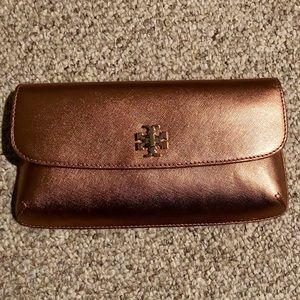 Handbags - Tory Burch Diana Slim Metallic Clutch- Like new!!
